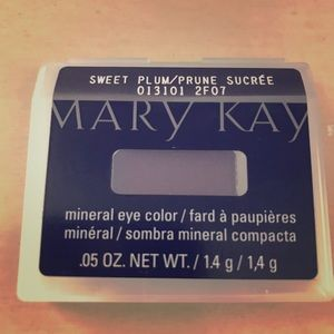 """Mary Kay Mineral Eye Color """"Sweet Plum"""""""